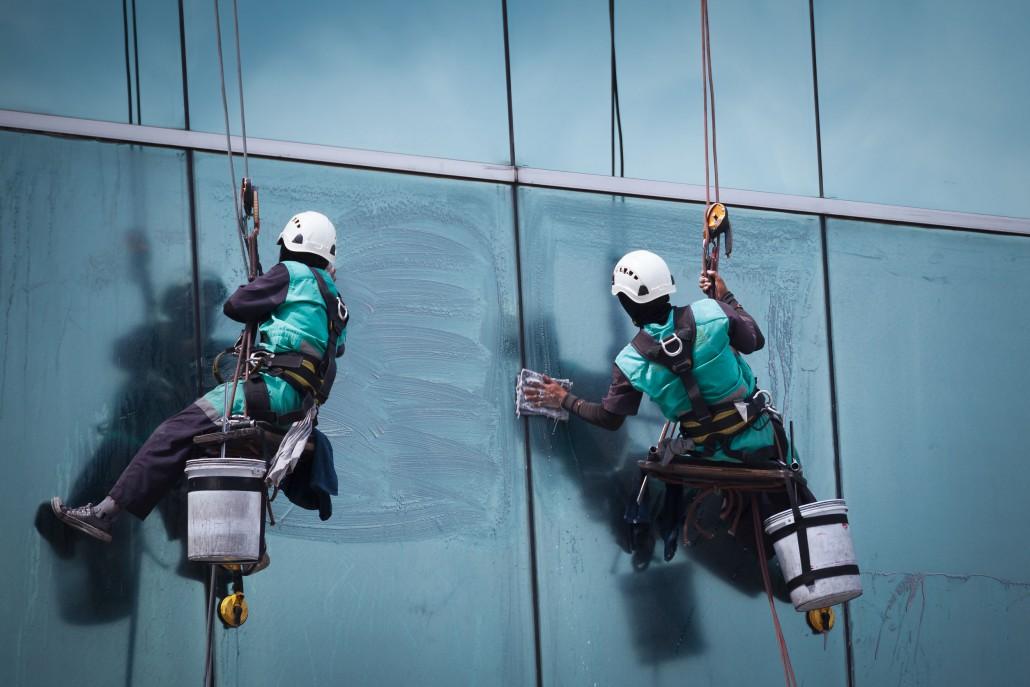 výškové práce- mytí oken Brno